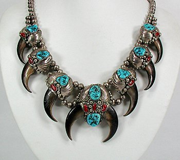 Vintage Bear Claw Squash Blossom Necklace