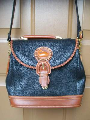 Can you Identify this Dooney & Bourke bag for me please?