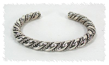 five sixteenths classic twist bracelet