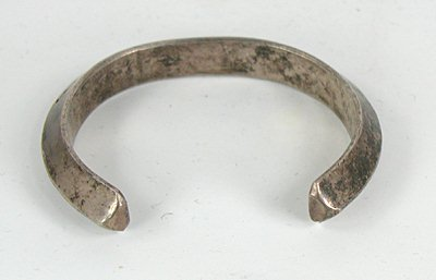 Carinated Cuff Bracelet