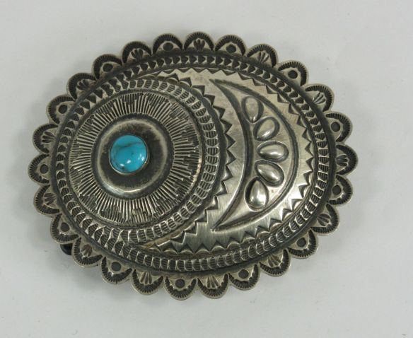 Roland Dixson belt buckle with scalloped edges